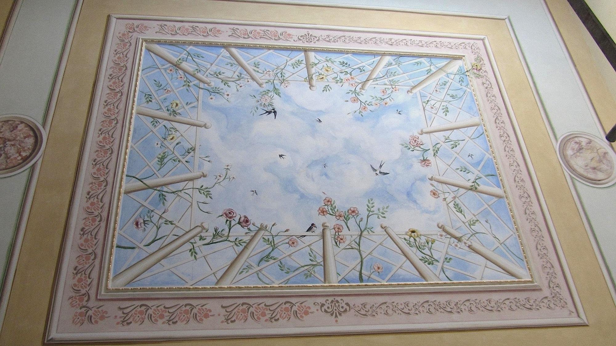 decorare un soffitto: Particolare della decorazione