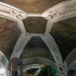 particolare della volta prima del restauro