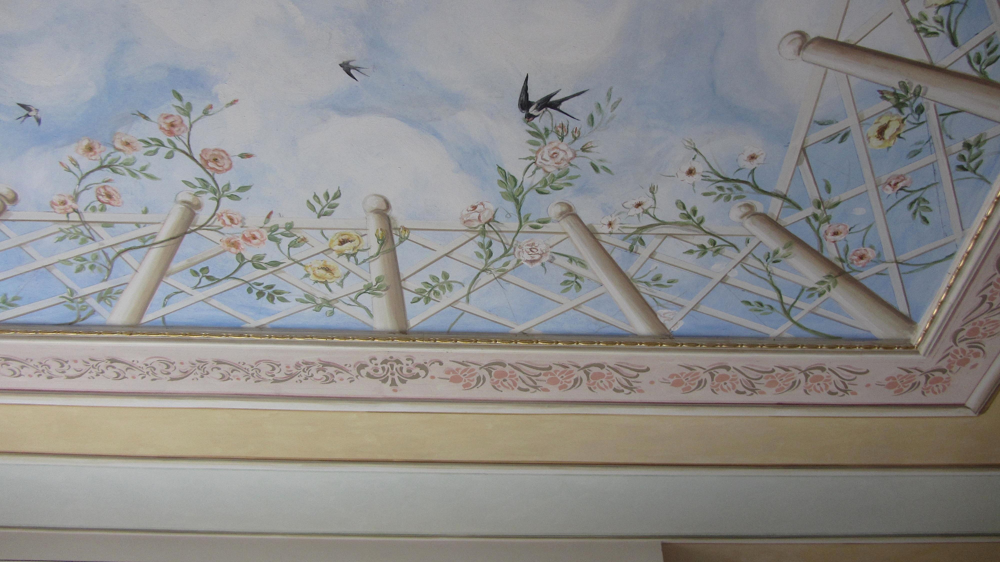 decorare un soffitto: particolare dell'angolo della decorazione