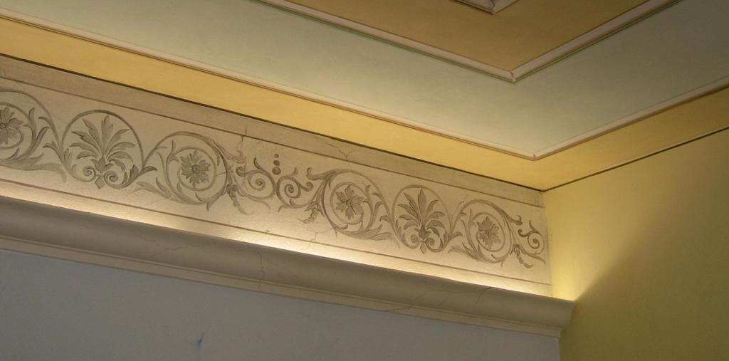 La decorazione d 39 interni le cornici decorative nelle abitazioni private - Decoratore d interni ...