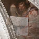 angelo con pialla durante i lavori di pulitura